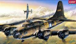 "Academy 1/72 B-17F Flying Fortress ""Memphis Belle"""