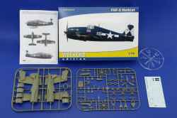 Eduard 1/72 F6F-5 Hellcat Weekend Edition