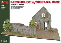 MiniArt 1/35 Farmhouse with Diorama Base