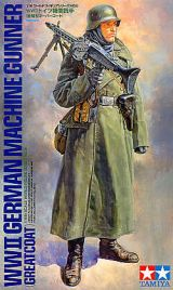Tamiya 1/16 WWII German Machine Gunner (Greatcoat)